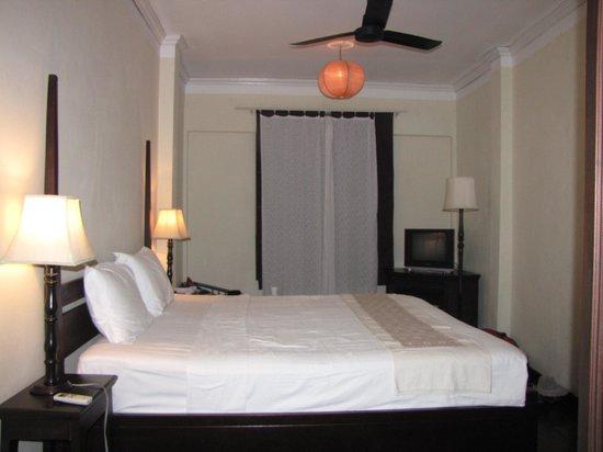 Hotel Khamvongsa: Plenty of room