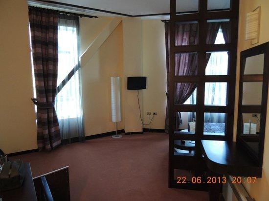 Dajti Tower Belvedere Hotel: Our room, Belvedere hotel, Tirana, Albania