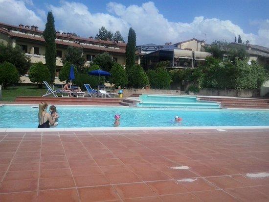 Hotel Palazzuolo: La piscina