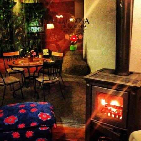 La Casona de la Ronda Heritage Boutique Hotel: courtyard/lounge