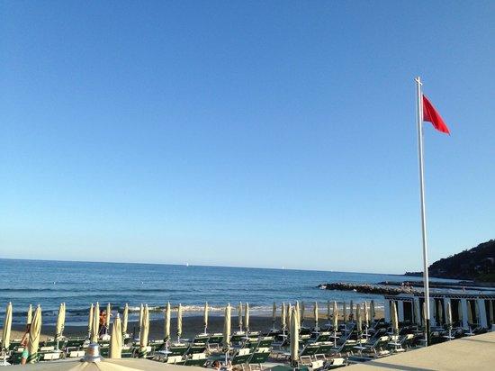 Hotel Lungomare: Tramonto sul mare