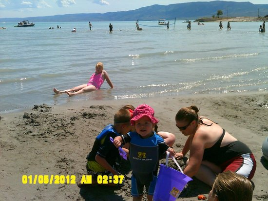 Bear Lake North Rv Park Campground Beach Area Shallow Water Clean Sand