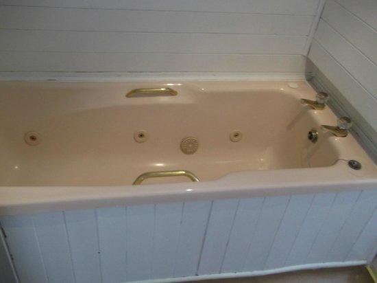 Nether Grange: The Bath