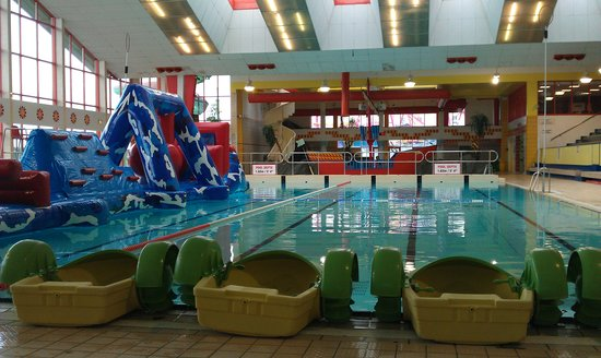 Leisureland galway 2019 all you need to know before - Hotels with swimming pools in galway ...