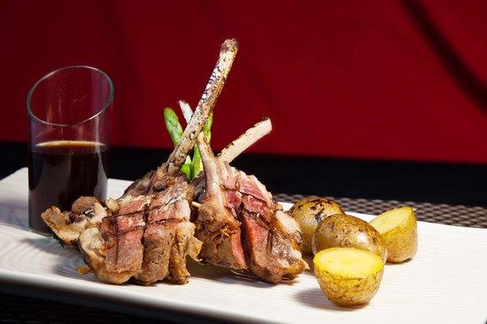 Re!Fill Restaurant: Rack of Lamb in Pesto Olive Oil