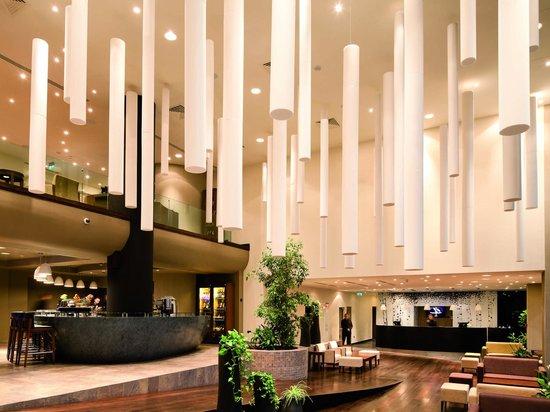 Kronwell Hotel: Lobby area
