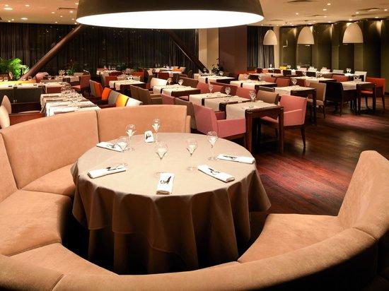 Kronwell Hotel: Adagio Restaurant