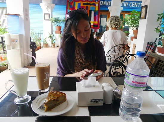 Flavor's Cafe & Restaurant : at the courtyard area of the cafe