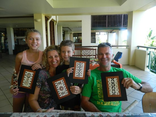 Outrigger Fiji Beach Resort: Tapa art class