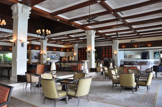 Century Langkawi Beach Resort: lobby