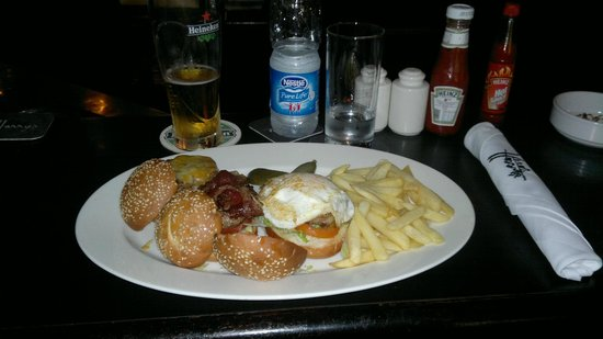 Harry's Pub: Mini Burgers