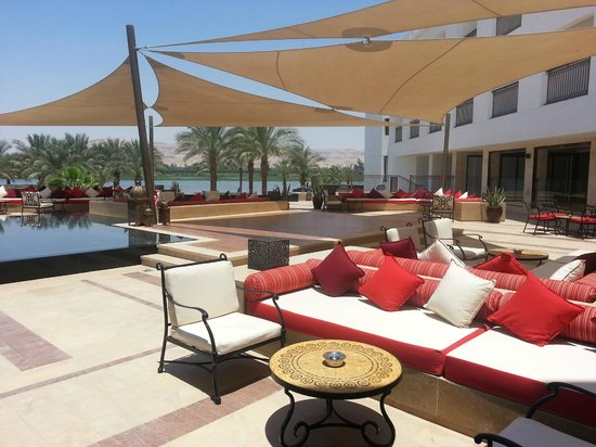 Hilton Luxor Resort & Spa: Sunset Lounge