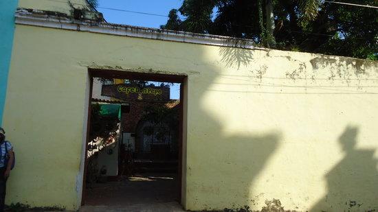 Cafe Don Pepe: La entrada