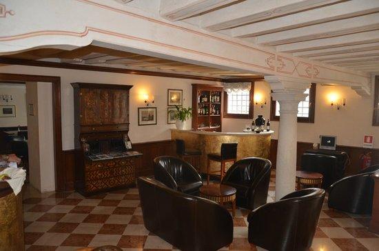 San Sebastiano Garden Hotel: The lobby