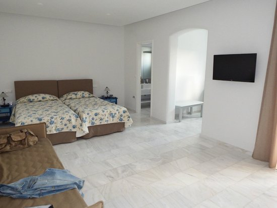 Poseidon of Paros: Wonderful bedroom in Junior Suite