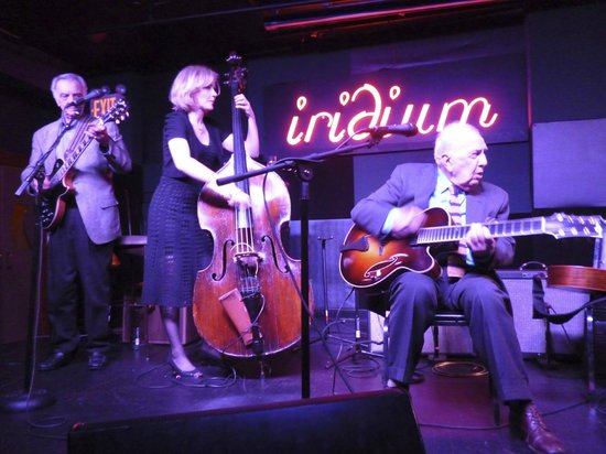 Iridium Jazz Club: Les Paul Trio