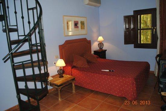 Palacio de Santa Ines: Habitación desde abajo