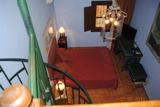 Palacio de Santa Ines: Habitación desde el piso de arriba