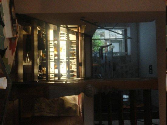 Design Hotel des Francs Garcons : cave à vin