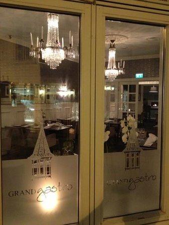 Grand Hotell Photo