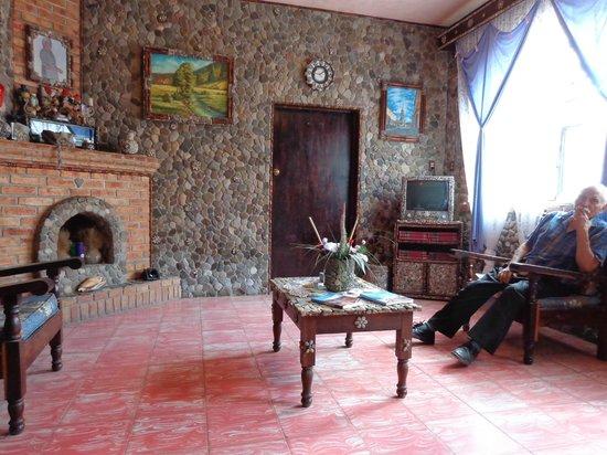 Sala de piedra picture of casa de las piedras mascota tripadvisor - La casa de la mascota ...