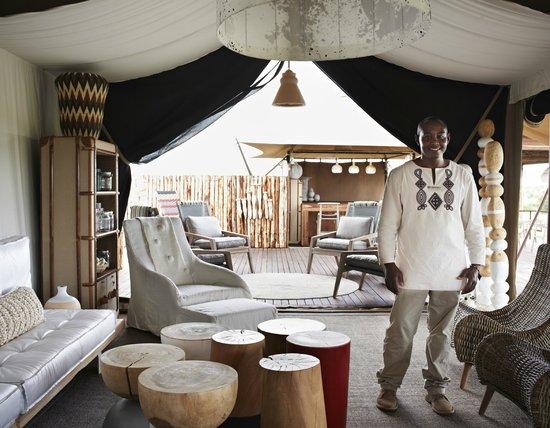 Singita Mara River Tented Camp: Main tent and lounge area