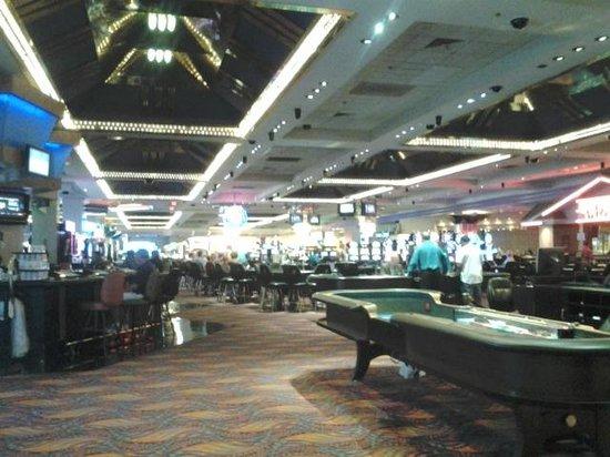 Aquarius Casino Resort: Nice Gaming Areas