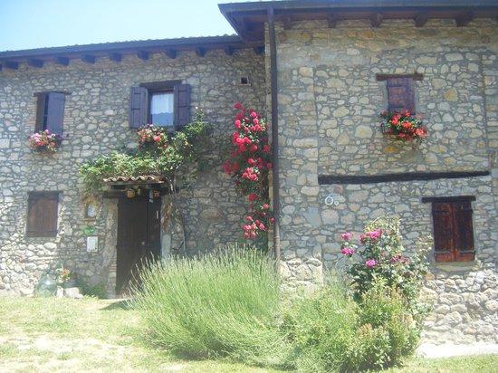 La Piana dei Castagni: The front of the house