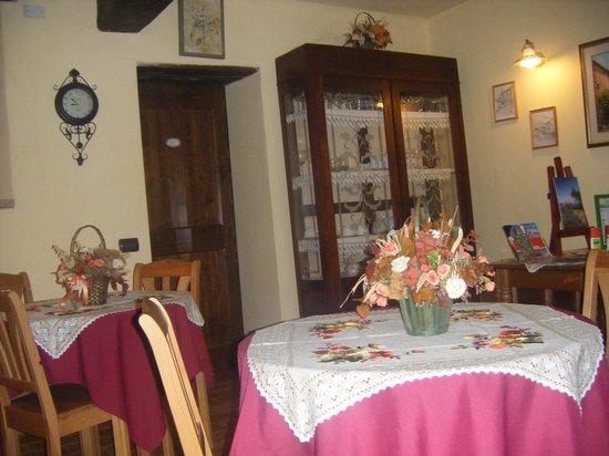 La Piana dei Castagni: Dining room