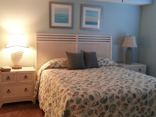Majestic Sun at Seascape Resort: Here is the Master Bedroom