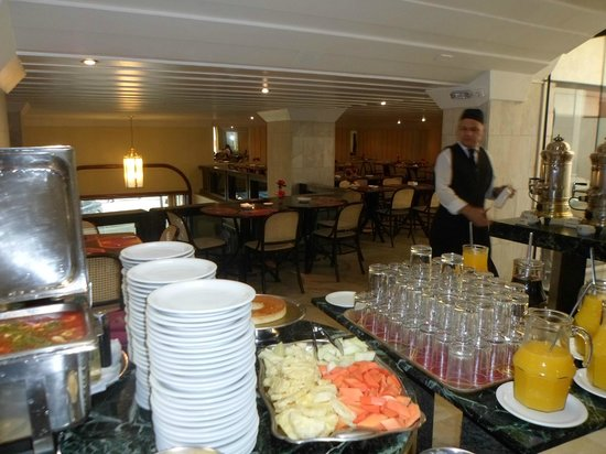 Sao Paulo Inn Hotel : RESTAURANTE