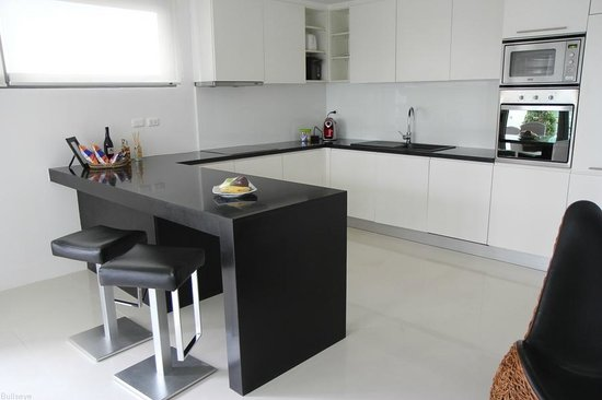 BYD Lofts Boutique Hotel & Serviced Apartments : Kitchenette