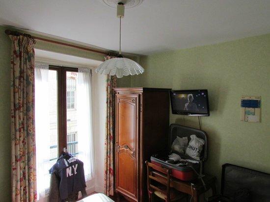 Hotel Cluny Sorbonne: Quarto