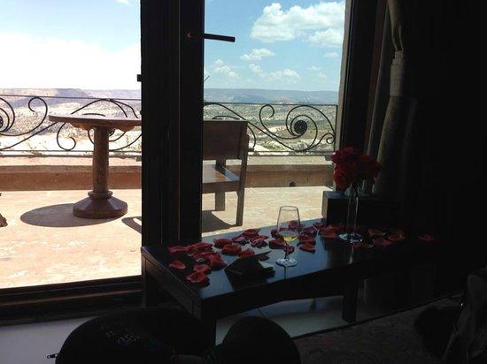 Cappadocia Cave Suites: Vista do quarto do hotel