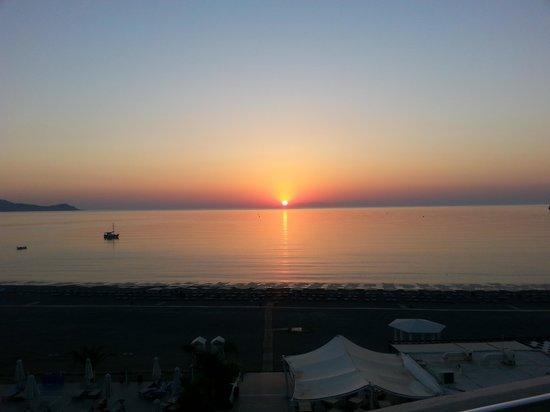 Sensimar Lindos Bay Resort & Spa: sunrise