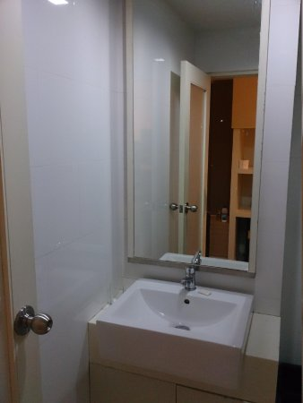 Grand Alpine : Sink area...