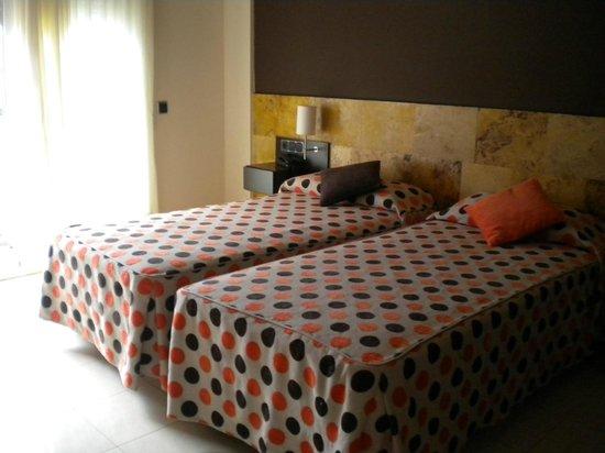 Pinar del Mar Hotel : chambre