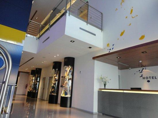 Hotel Boca by Design Suites: Hall