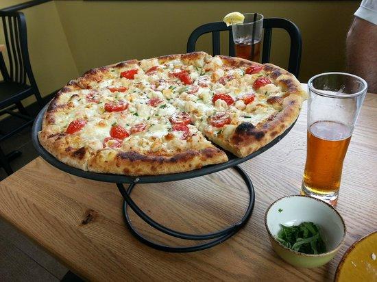evviva cucina scampi pizza