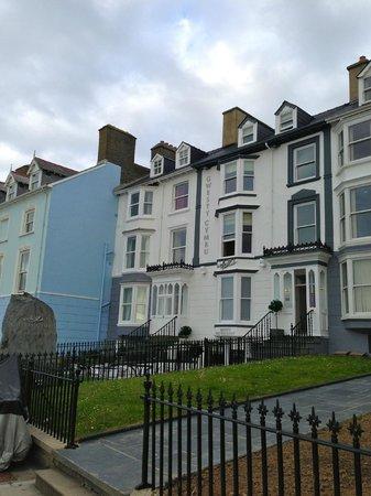Gwesty Cymru: Front view of the hotel
