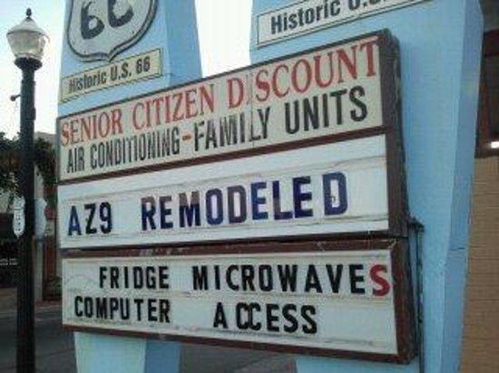9 Arizona Motor Hotel: BS