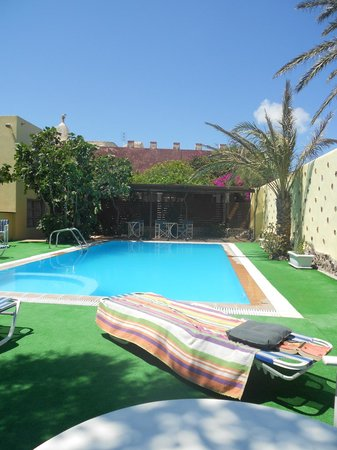 Merovigla Apartments: the pool