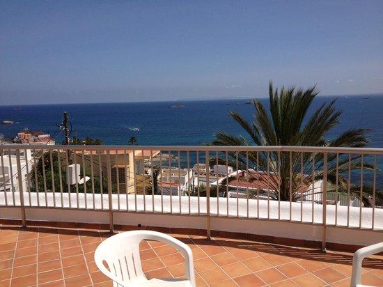 Hotel Cenit: La terrazza della nostra camera!