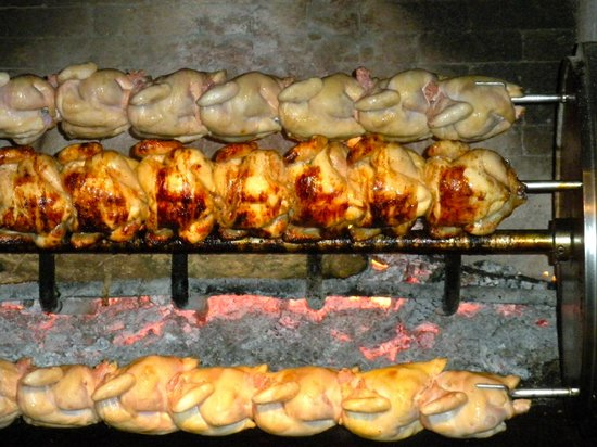 rosti pollos : Chicken roasted over wood fire