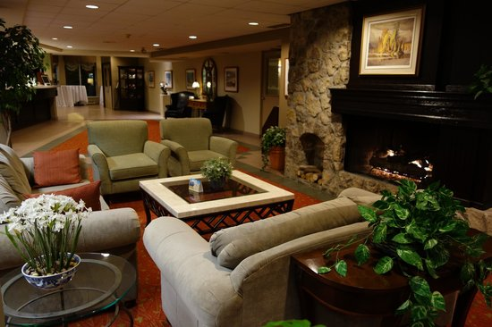 Best Western Plus Stoneridge Inn & Conference Centre: Lobby