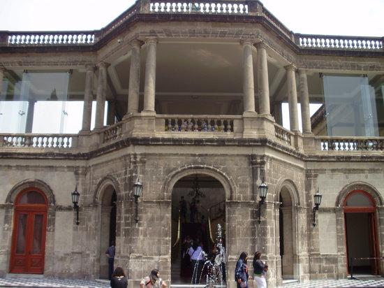 City Express Ciudad de Mexico Buenavista: Castelo Chapultepec