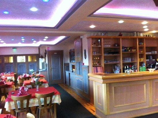 Hotel Restaurant des Vosges: Bar Restaurant