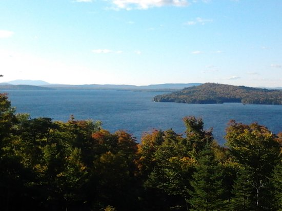 Moosehead Hills Cabins: Cabin View