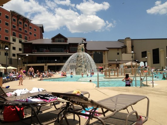 Great Wolf Lodge Grapevine : Outdoor Pool