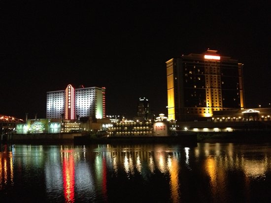 ‪‪Bossier City‬, لويزيانا: Boardwalk night‬